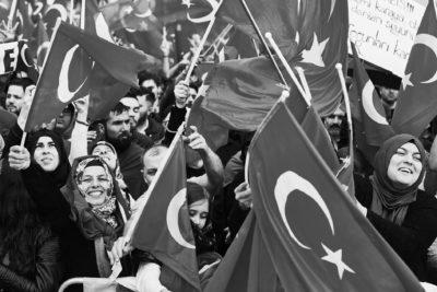 40.000 feiern den Autokraten Erdoğan
