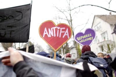 Antifaschistischer Widerstand gegen den AfD-Parteitag in Hannover